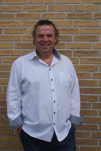 Henrik Nellemann - bassist, sanger m.m.
